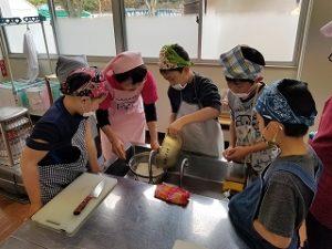 黒豆調理実習の準備